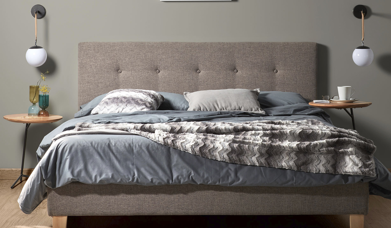 Bed met boxspring Natuse 150 x 190 cm